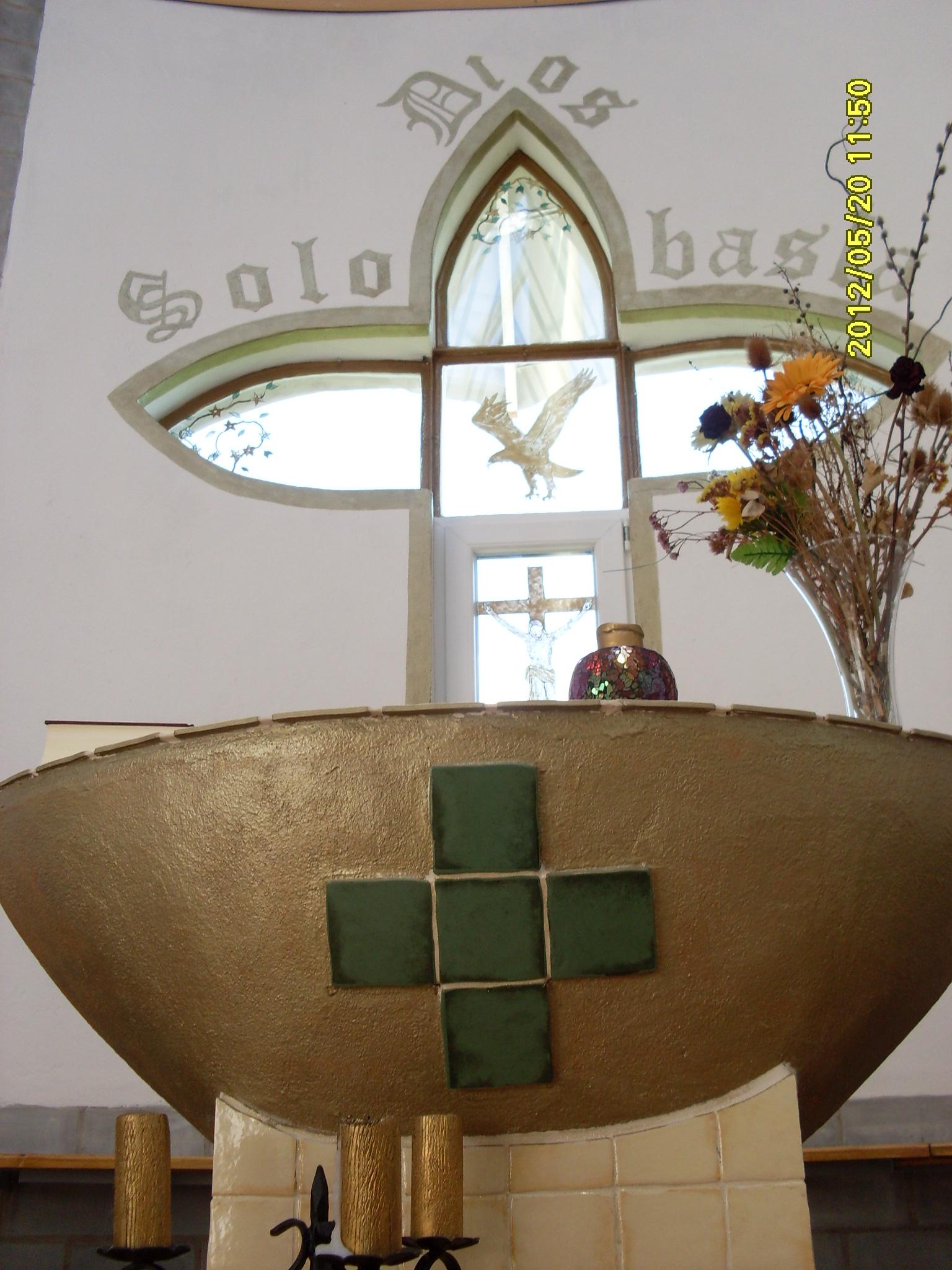 Templomunkban (3)