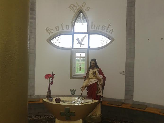 Templomunkban (2)