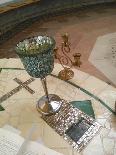 Templomunkban (4)