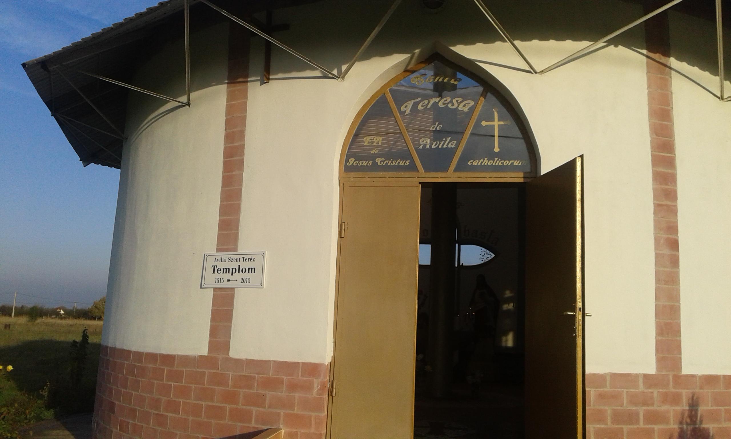 Szent Teréz temploma - bejárat
