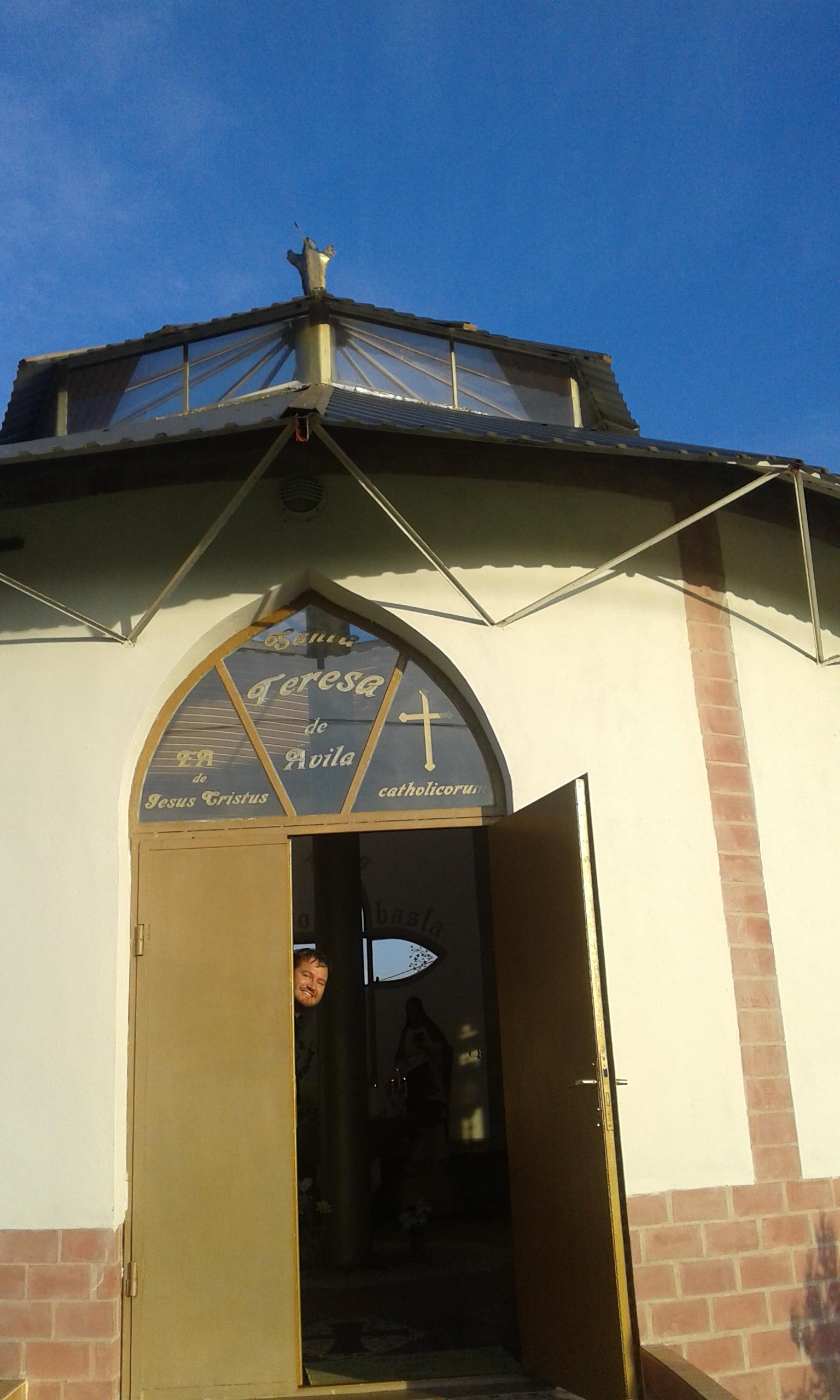 Szent Teréz temploma - bejárat (2)